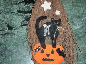 halloween_fancy_broom_craft
